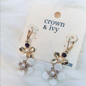 crown & ivy